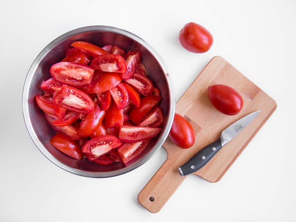 pociete-pomidory-na-keczup