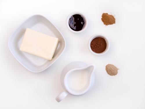 Składniki potrzebne doprzygotowania polewy kakaowej
